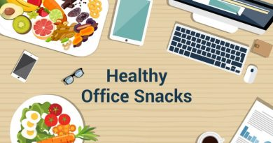 healthy-snacks-office-desk-circlecare